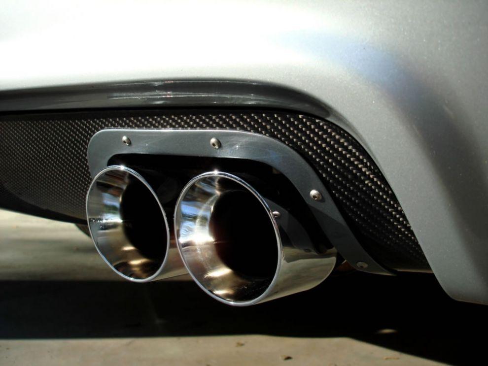 Vehicle Exhaust Noise